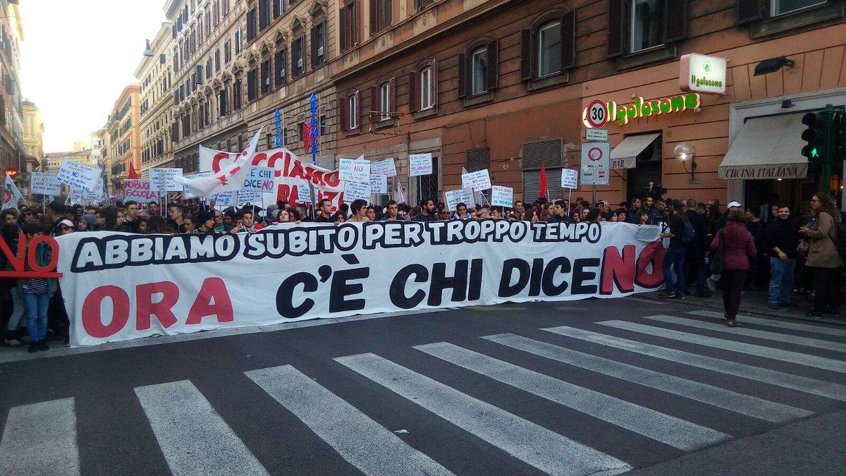 #CèChiDiceNO: LA DIRETTA DAL CORTEO DI ROMA