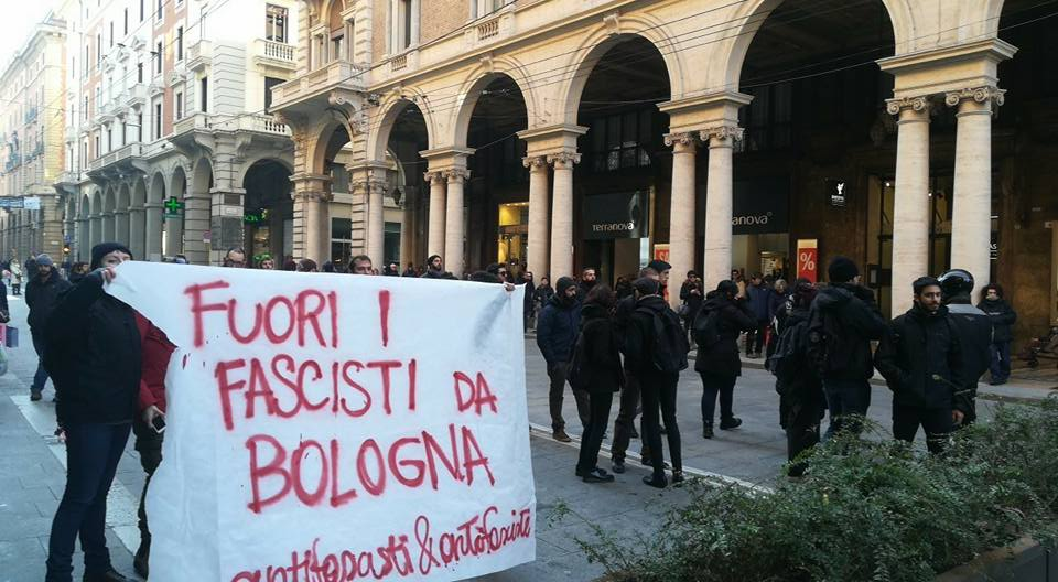 Monza, tafferugli tra militanti Casapound e antagonisti: 4 agenti feriti