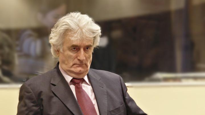 Karadzic condannato all'ergastolo (finalmente) per il genocidio di Srebrenica